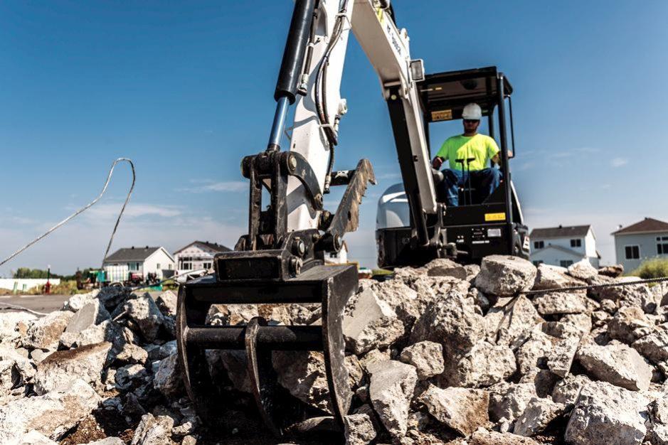 Bobcat E32 Compact Excavator full