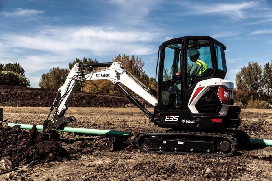 Bobcat E35 Compact Excavator (Extendable Arm)